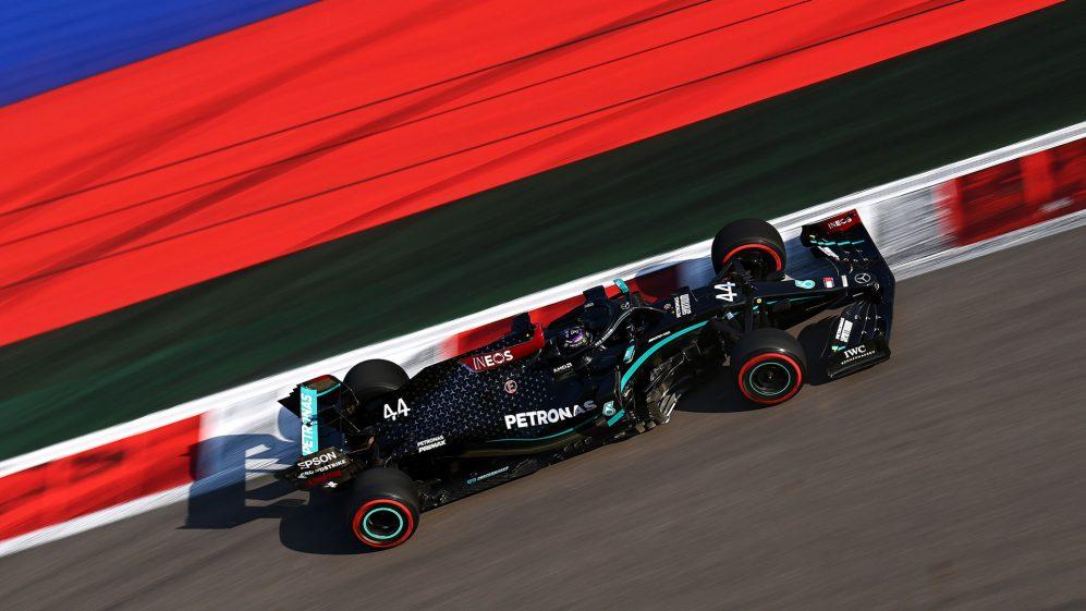 索契练习赛汉密尔顿圈速领先于Bottas和Sainz