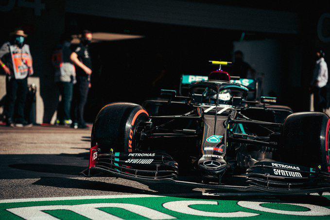 F1葡萄牙大奖赛汉密尔顿夺杆位 梅奔揽头排红牛第二