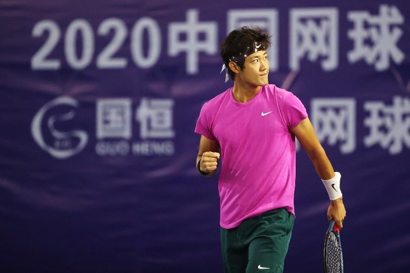 中国球员张之臻2021澳网止步次轮,无缘正赛