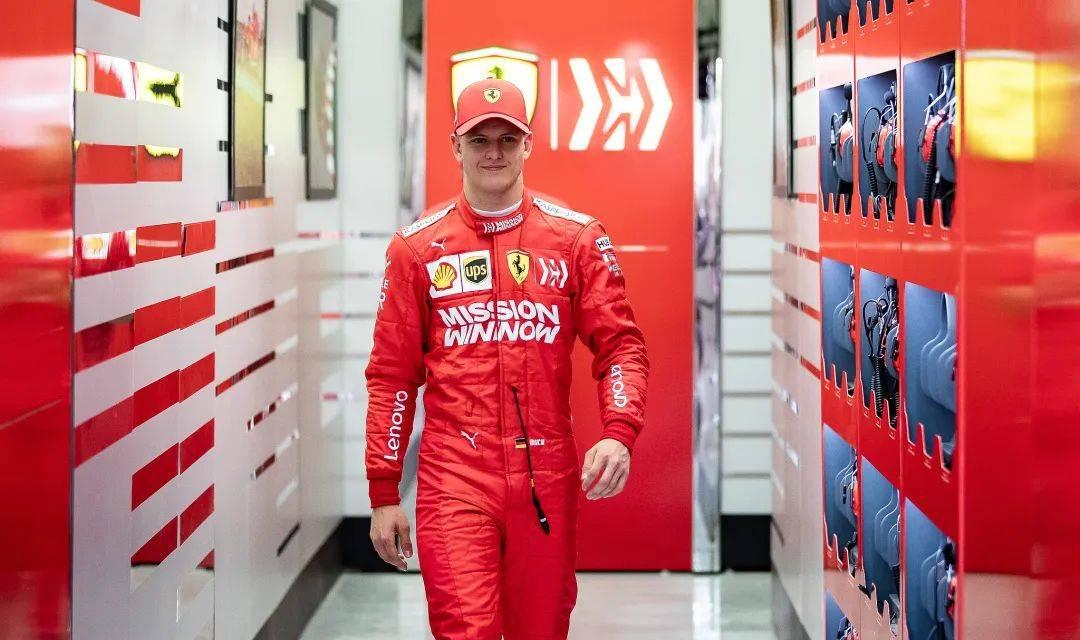 舒马赫之子完成法拉利F1赛车测试