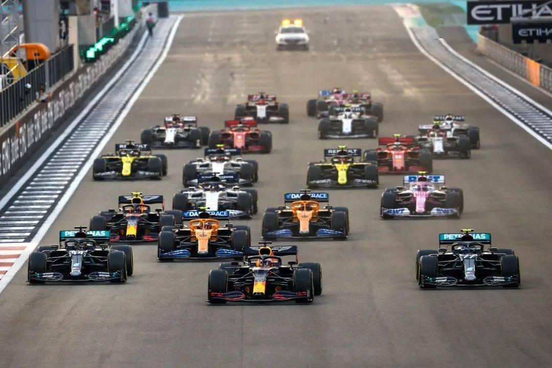 2021年F1大奖赛首站举办地发疫苗接种邀请,多位车手接种
