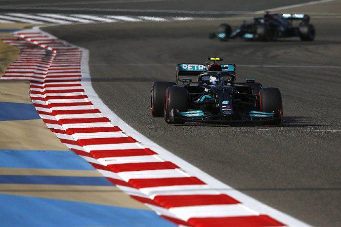 F1车手拉塞尔:梅赛德斯新车存在的问题与威廉姆斯相同