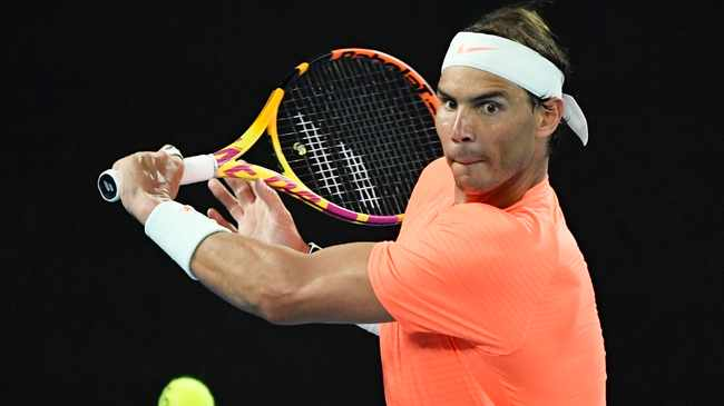 Rafael Nadal starts the clay-court season with a relaxed look at the Monte Carlo Masters