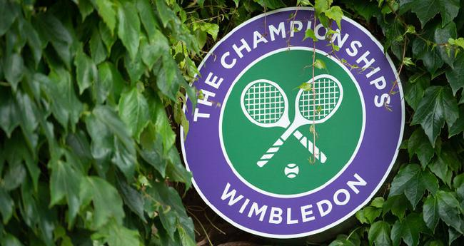 Wimbledon will be played as scheduled, reducing the grass tournament by a week