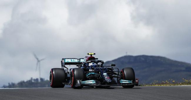 F1葡萄牙站汉密尔顿夺冠,W12低阻力尾翼助力