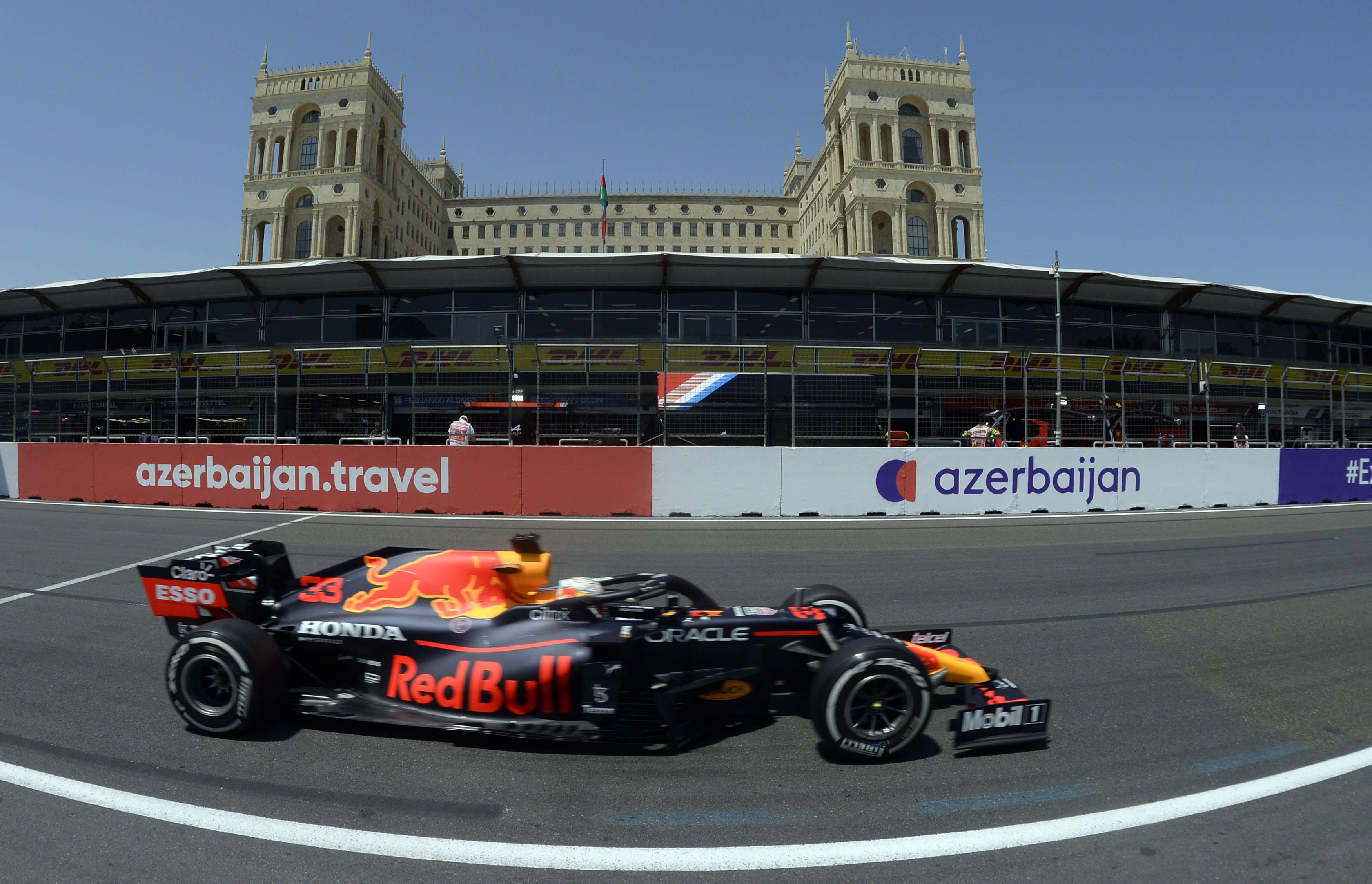 维斯塔潘自称F1最优秀车手,自信有能力超越汉密尔顿