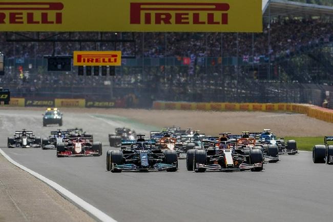 国际汽联解释:F1英国站事故汉密尔顿为何负主责