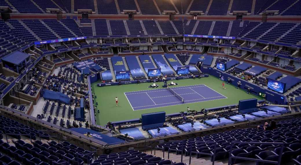 美网赛前临时修改规则,观赛者必须接种疫苗