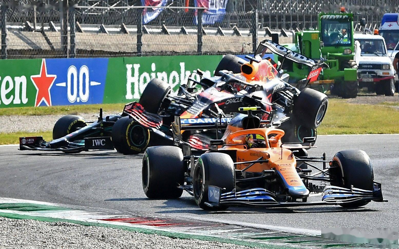F1意大利站世纪大撞车,汉密尔顿和维斯塔潘火星撞地球
