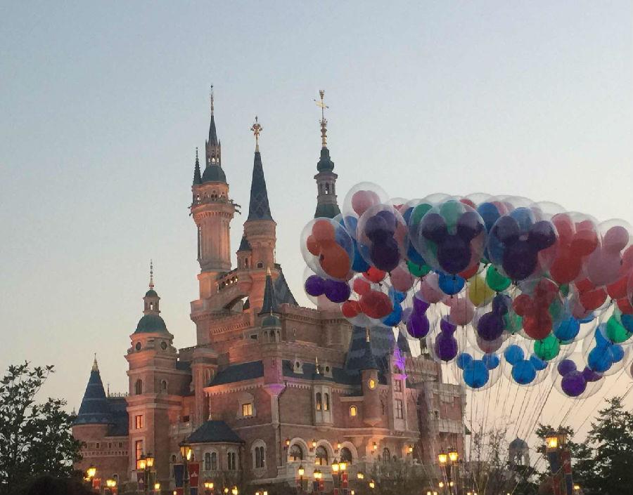 上海迪士尼门票提价后仍为全球最低,节假日出游性价比高